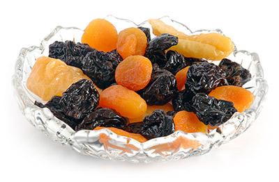 сушеные слива и абрикос
