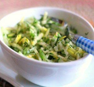 капустно-огуречный салат