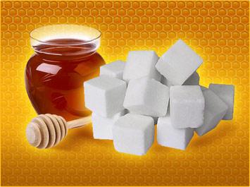 Рафинад и мед в банке