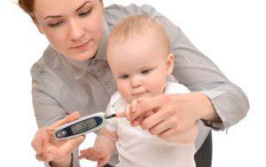 глюкометр и ребенок