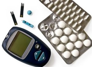 глюкометр и таблетки