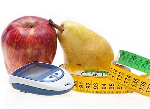 фрукты и глюкометр